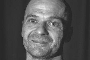 Roman Mihálka, vychovávateľ, herec.