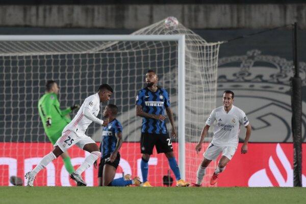 Brazílčan Rodrygo strieľa víťazný gól Realu Madrid.
