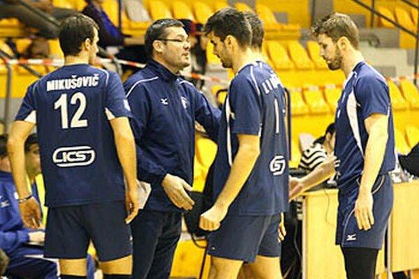 Zverenci trénera Mareka Henčeka vo Svidníku otočili nepriaznivý stav 0:2 na sety a vyhrali 3:2.