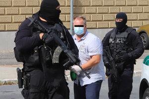 Žilinský sudca Daniel Béreš v rukách polície.