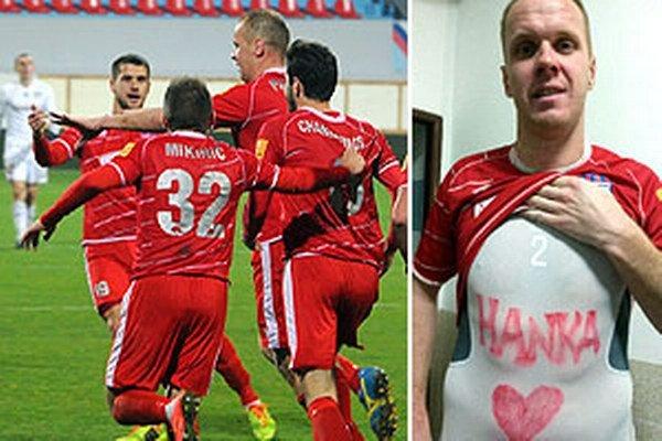 Karol Pavelka venoval gól dcérke Hanke, ktorá prišla na svet v pondelok.