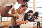 Niekde už s podávaním prihlášok na vysokú školu začali pred mesiacom, inde to spustia až na jar budúceho roka.