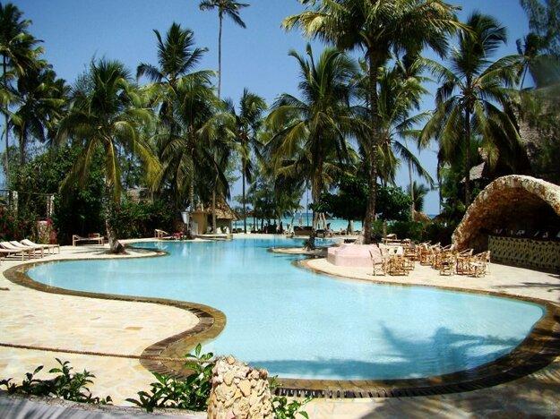 PalumboReef Beach Resort 3*