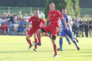 Bobrov (v červenom) musel poskladať takmer nové mužstvo.