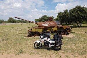 V Angole je ešte vidieť zvyšky boja za socializmus. Vojna už skončila a dnes je to celkom stabilná a rozvíjajúca sa krajina.