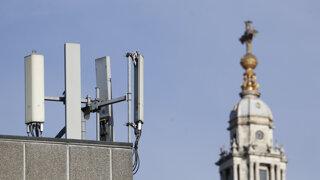 Poznáme operátorov 5G sietí. Kto a za koľko získal frekvencie?