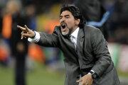 Ako tréner argentínskej futbalovej reprezentácie v roku 2010.