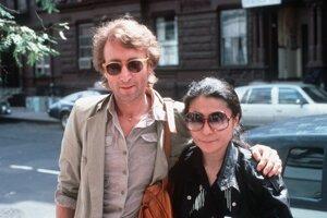 John Lennon a Yoko Ono.