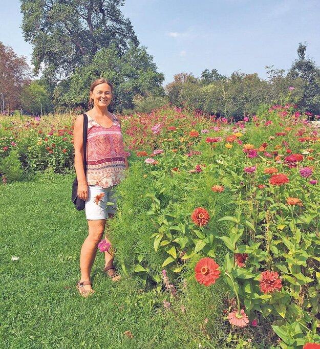 Klaudia Medalová - Prvé roky v Centre environmentálnych aktivít sa zameriavala na podporu ekopoľnohospodárstva. Od roku 2012 odovzdáva svoje skúsenosti mladým v projekte Mladí reportéri pre životné prostredie (www.mladireporteri.sk).