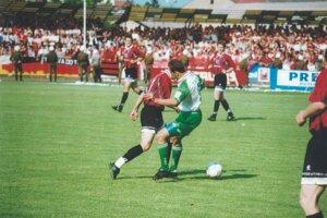 Momentka zo zápasu MŠK Rimavská Sobota - Spartak Trnava v závere sezóny 1996/97.