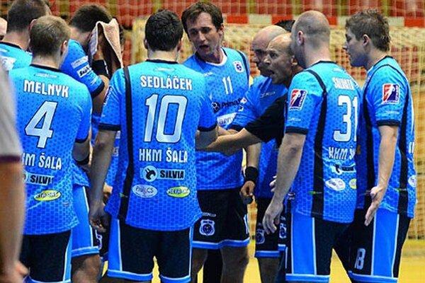 Rady trénera Štefana Kelemena proti silnému Hlohovcu nepomáhali.