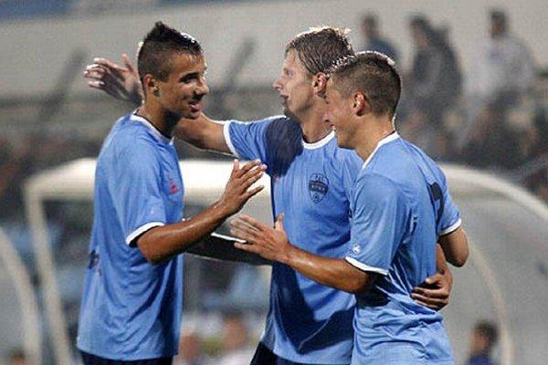 Nitrania sa z gólov tešili štyrikrát. Zľava Jozef Urblík, Matúš Paukner a Miloš Fábry.