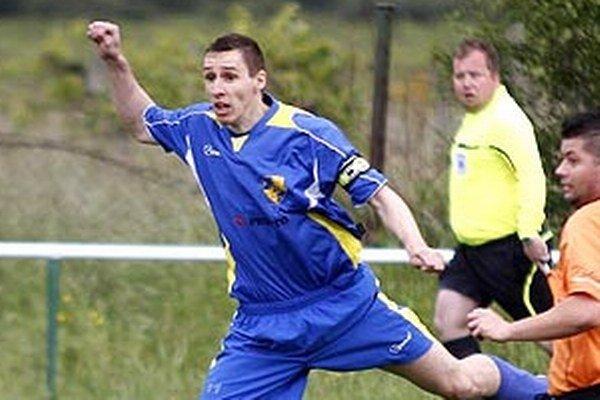Daniel Drienovský zo Žitavian strelil v priebehu troch sezón rovných 90 gólov. Korunu kráľa kanonierov získal druhý rok v rade.