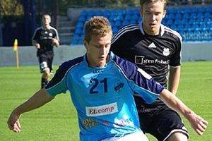 Roman Sloboda na archívnej snímke v drese FC Nitra.
