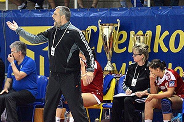 Tréner Rudolf Petrikovič vo svojej prvej sezóne zopakoval druhé miesto Šale, ale tentoraz jeho tím Michalovčanky potrápil viac ako v predchádzajúcich sezónach.