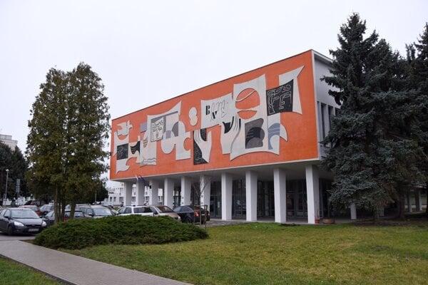 Budova Materiálovotechnologickej fakulty STU v Trnave.