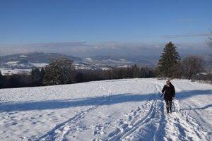 Putovanie na vrch Javor je v čase zimy príjemným zážitkom.