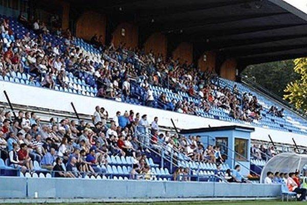 Futbal v Nitre v posledných rokoch lákal stále menej divákov.