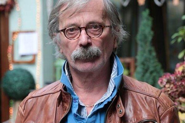 Koncom roka nás opustil iherec Štefan Kožka, rodák zTrenčína.