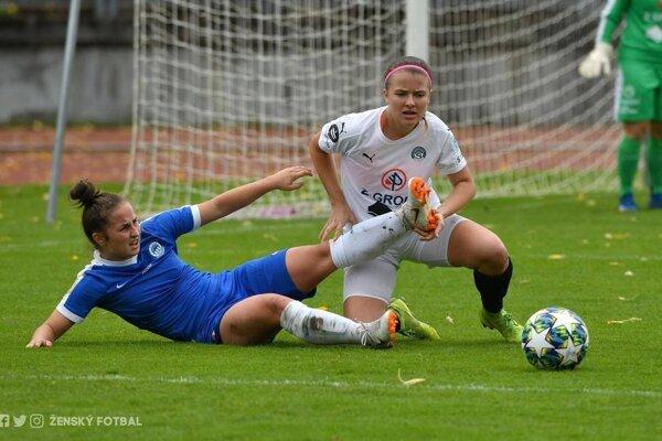 Laura Bieliková (v bielom drese) bola hosťom v našej rubrike Športové naj.