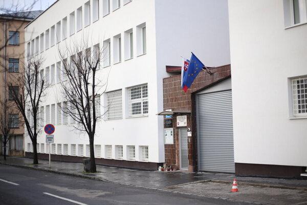 Väzenie na Ul. kpt. Jaroša v Prešove. Komisia ju navštívi neskôr.