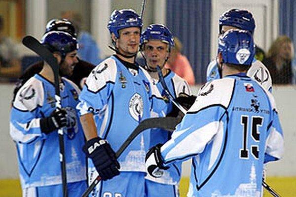 Druhá lajna Rytierov sa postarala o všetky góly Nitry v prvom semifinále.