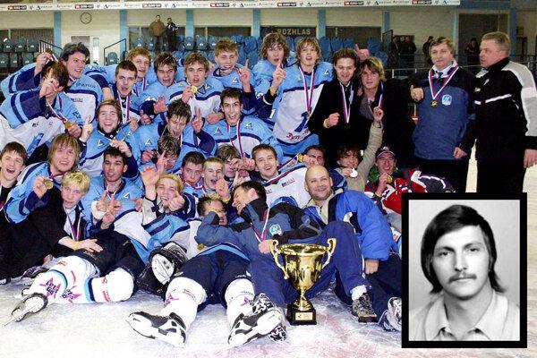 Dorastenci HK Nitra v roku 2006 získali titul, viedla ich trénerská dvojica Marcel Ozimák - Ján Bartík. Pán Bartík nás opustil 13. januára 2021.