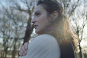 Jana Kirschner v klipe k Láska neumiera