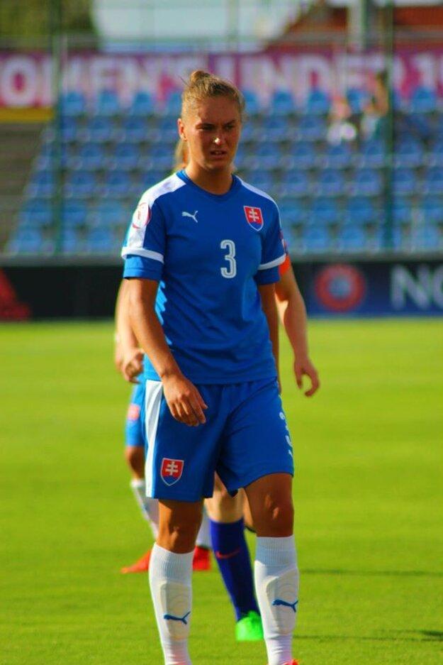 Stephanie Deszátová
