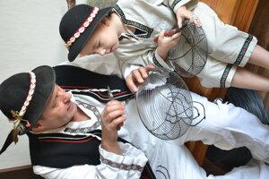 Štefan s vnukom Maťkom.