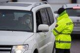Polícia kontroluje sprísnené pravidlá vychádzania