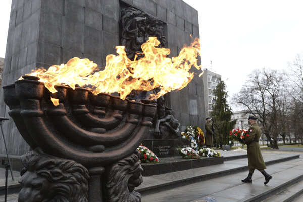 Pamätník hrdinov povstania vo varšavskom židovskom gete.