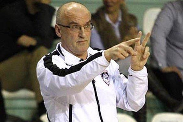 Tréner basketbalistov Nitry Ľubomír Urban.