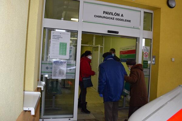 Vakcinačné centrum v humenskej nemocnici je v pavilóne A.