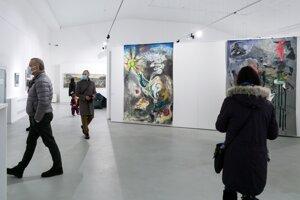 Výstavu nazvali Hystéria siberiana.