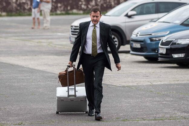 Daniel Lipšic počas pojednávania v kauze falšovania televíznych zmeniek na Špecializovanom trestnom súde v Pezinku, júl 2019.