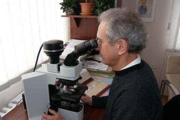 Profesor Lukáš Plank je hlavným vedeckovýskumným  pracovníkom projektu LISPER.