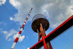 Televízny a rádiový vysielač je na Dubníku už 60 rokov.