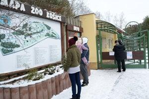 Zoologická záhrada bola vyše mesiaca pre návštevníkov uzavretá.