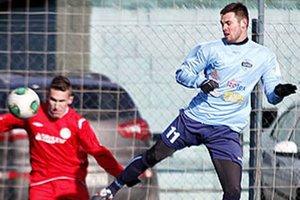 V drese Nitry sa po rokoch objavil Róbert Valenta (vpravo), kmeňový hráč Sparty Praha.