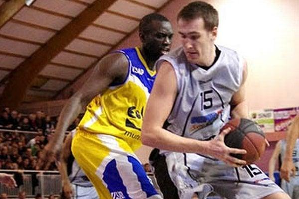 Roman Vido zostal aj vo Francúzsku verný číslu 15.