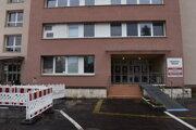 Humenská nemocnica sa možno zmení na červenú.