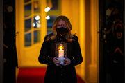 Prezidentka Zuzana Čaputová počas pietnej spomienky na obete ochorenia Covid-19.