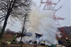 Požiar chaty v Myslave.