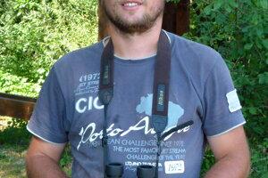 Ornitológ Matej Repel.