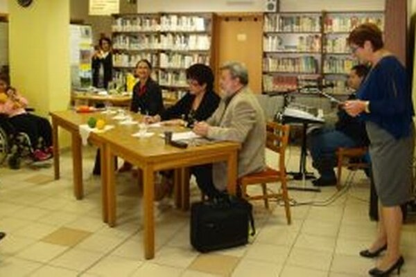 Klubovanie na cestách sa po Levoči a Bratislave  uskutočnilo aj v Nitre.