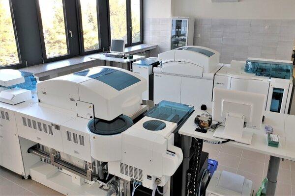 Nové oddelenie klinickej biochémie v levickej nemocnici.