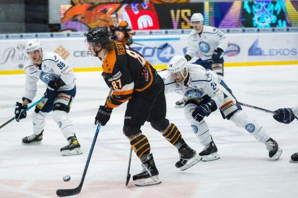 Nitra prehrala 1:4 v Michalovciach a základnú časť extraligy finišovala na piatom mieste.