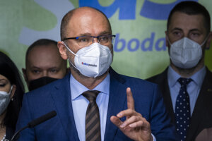 Predseda SaS, vicepremiér a minister hospodárstva Richard Sulík podal demisiu.