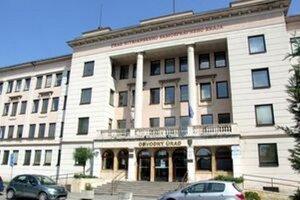 Kompetencie krajského školského úradu prešli v januári na obvodný úrad, odbor školstva.